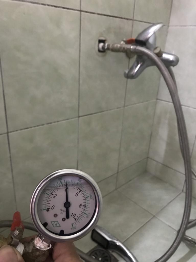 大樹區神農街-熱水管漏水