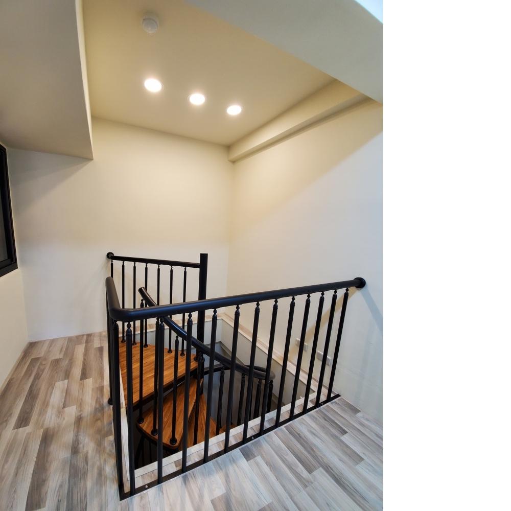 夾層.樓梯