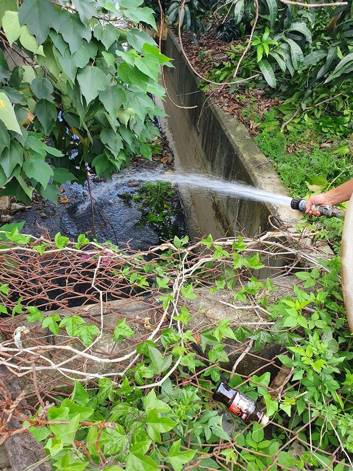 灑水車-大排水溝 死水異味 沖水稀釋