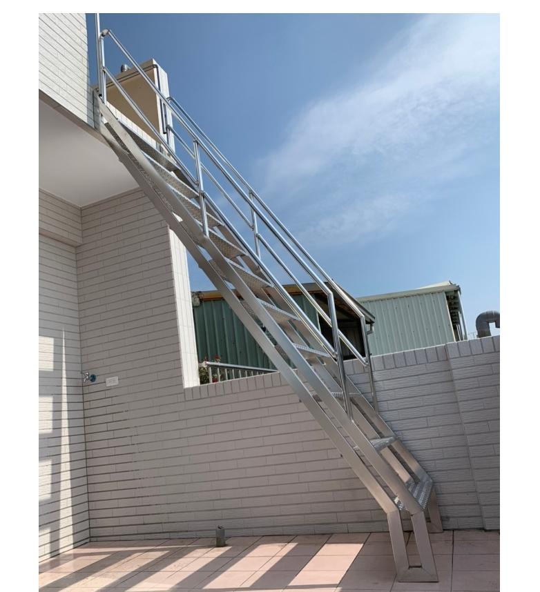 陽台白鐵樓梯