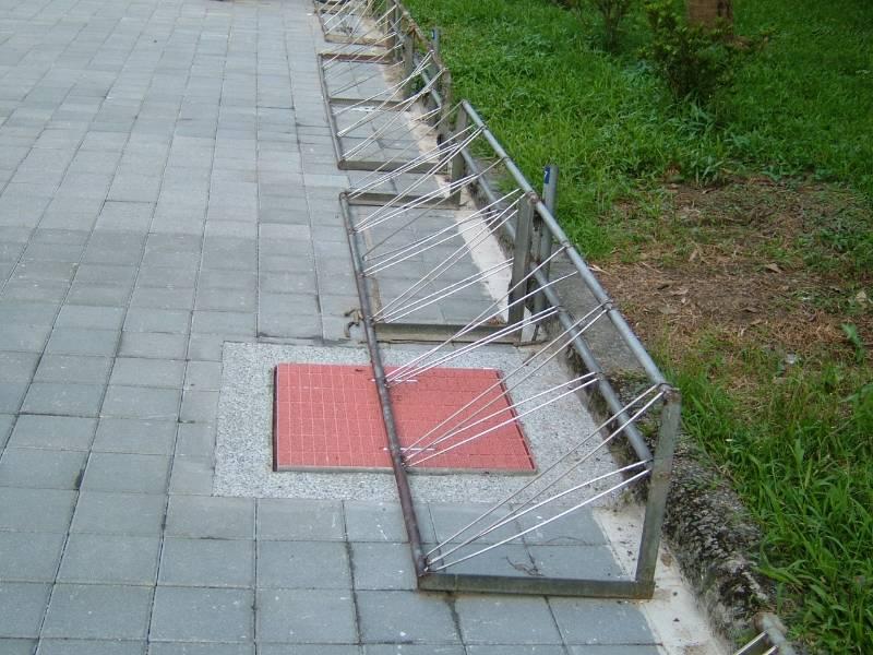 透水溝蓋施工