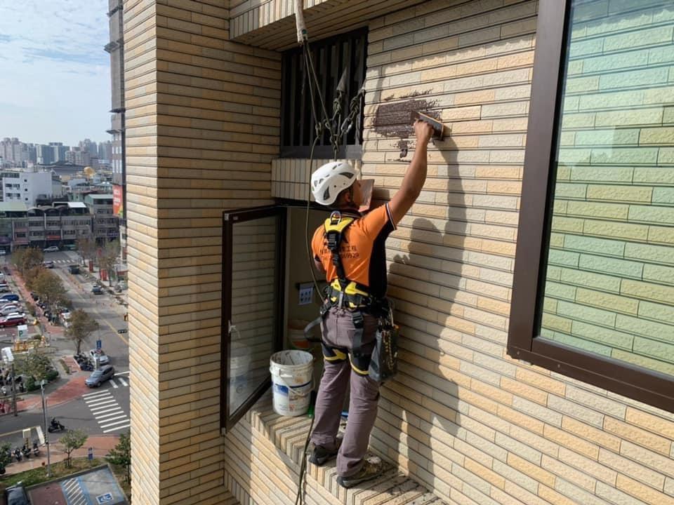 外牆磁磚修補.剝落