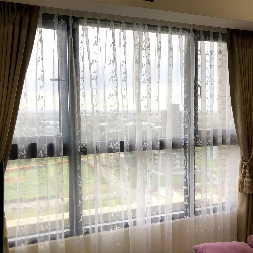 傳統窗紗簾