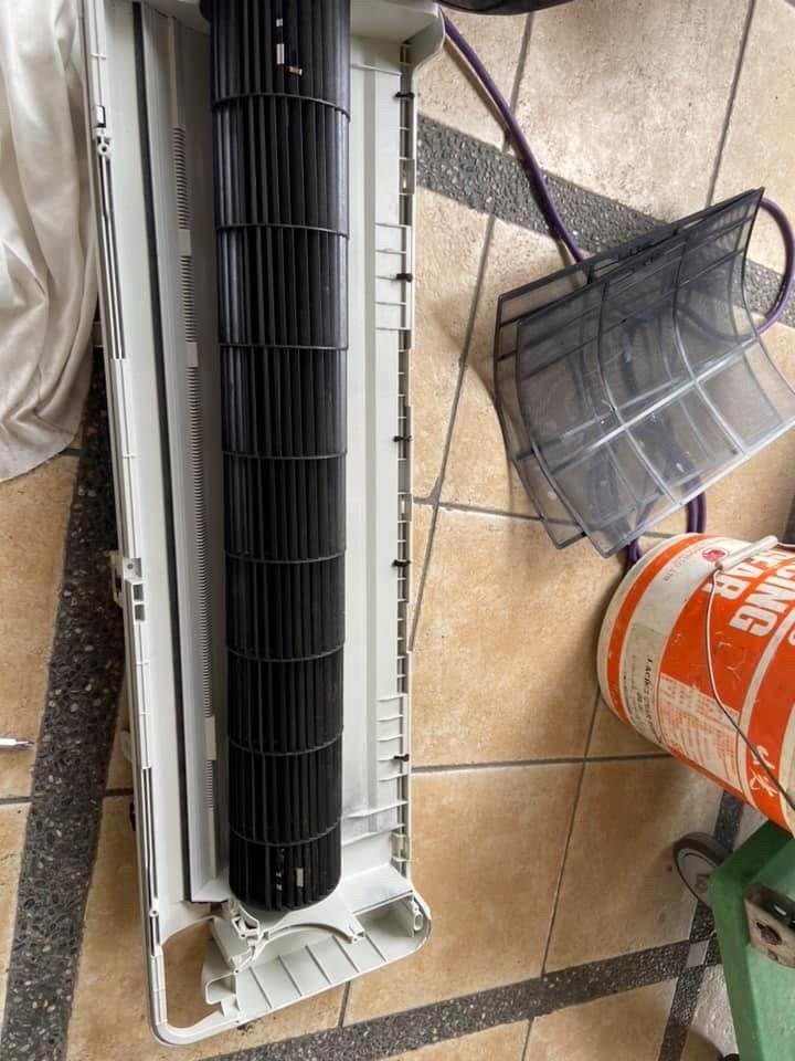 分離式冷氣大保養(室內機全機拆洗)