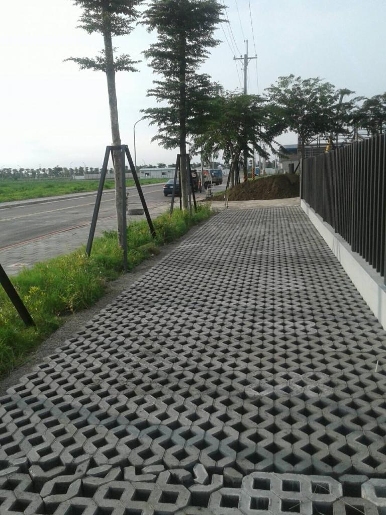 植草磚/步道磚鋪設工程-植草磚