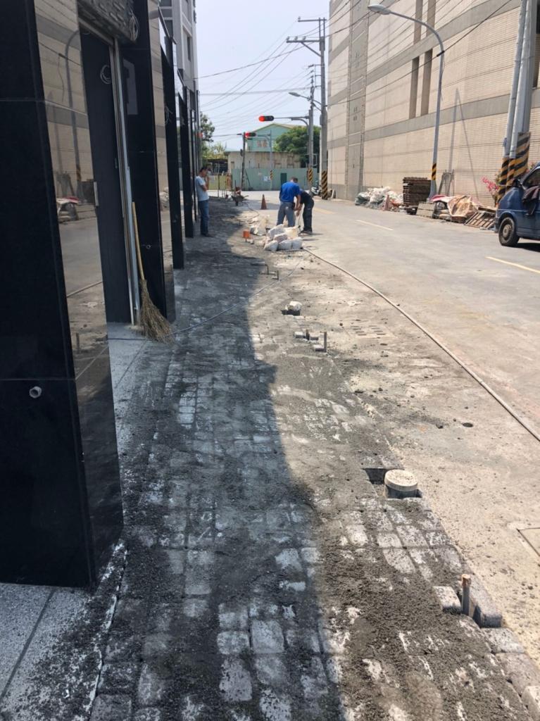 植草磚/步道磚鋪設工程-麵包磚