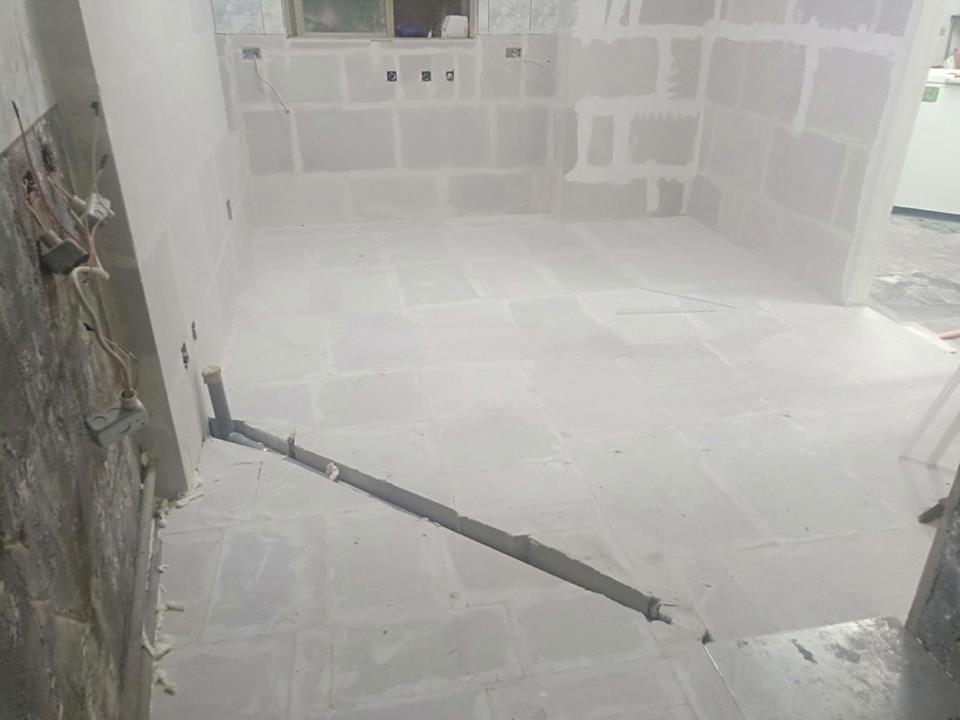 新社廚房隔間裝修(白磚)