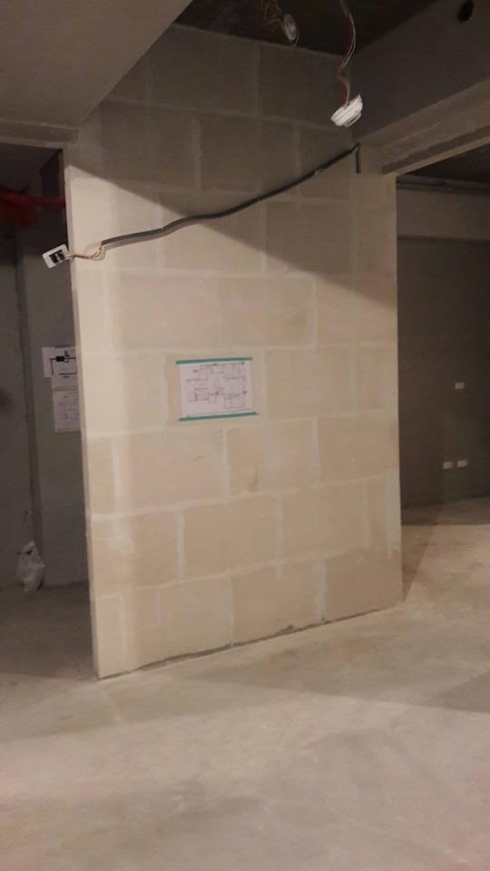 12樓建案石膏磚隔間牆施工