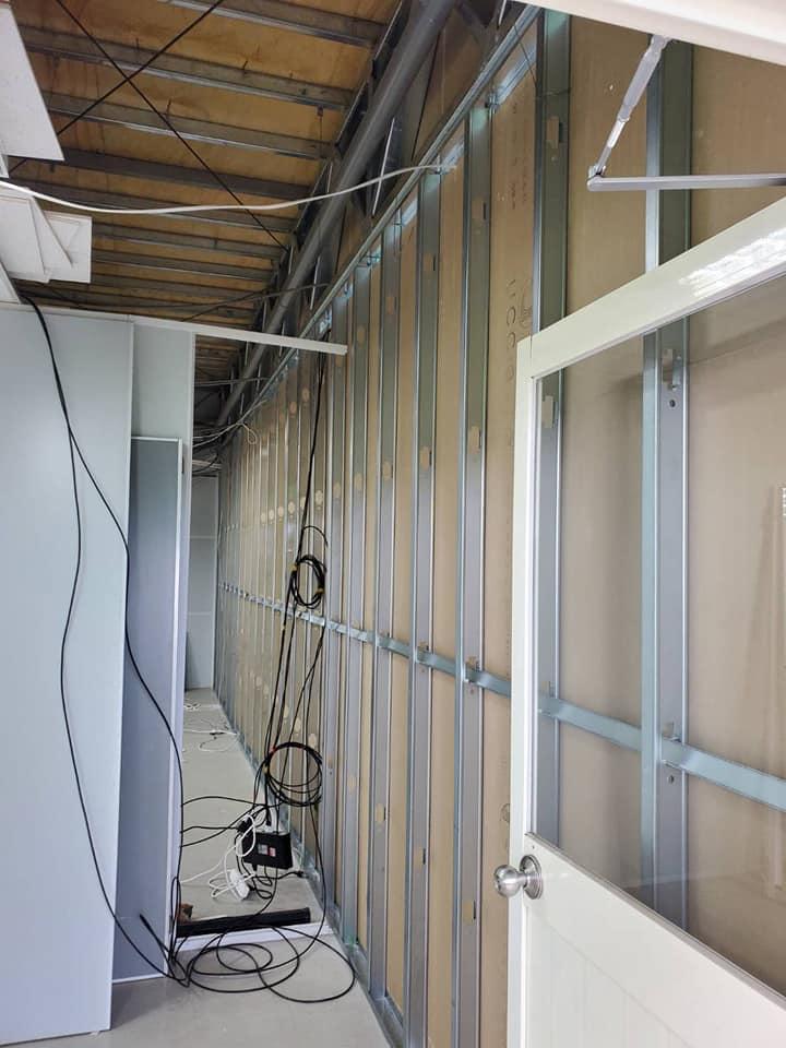 石膏隔間工程.明架庫板修復