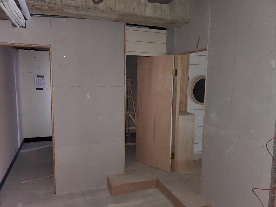 石膏隔間工程搭配木作工程
