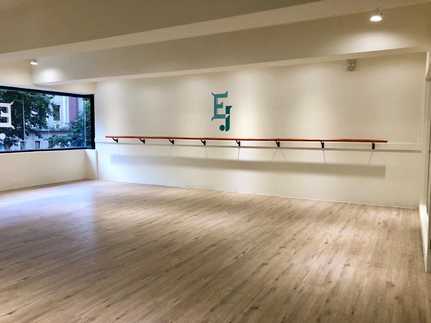 木地板教室