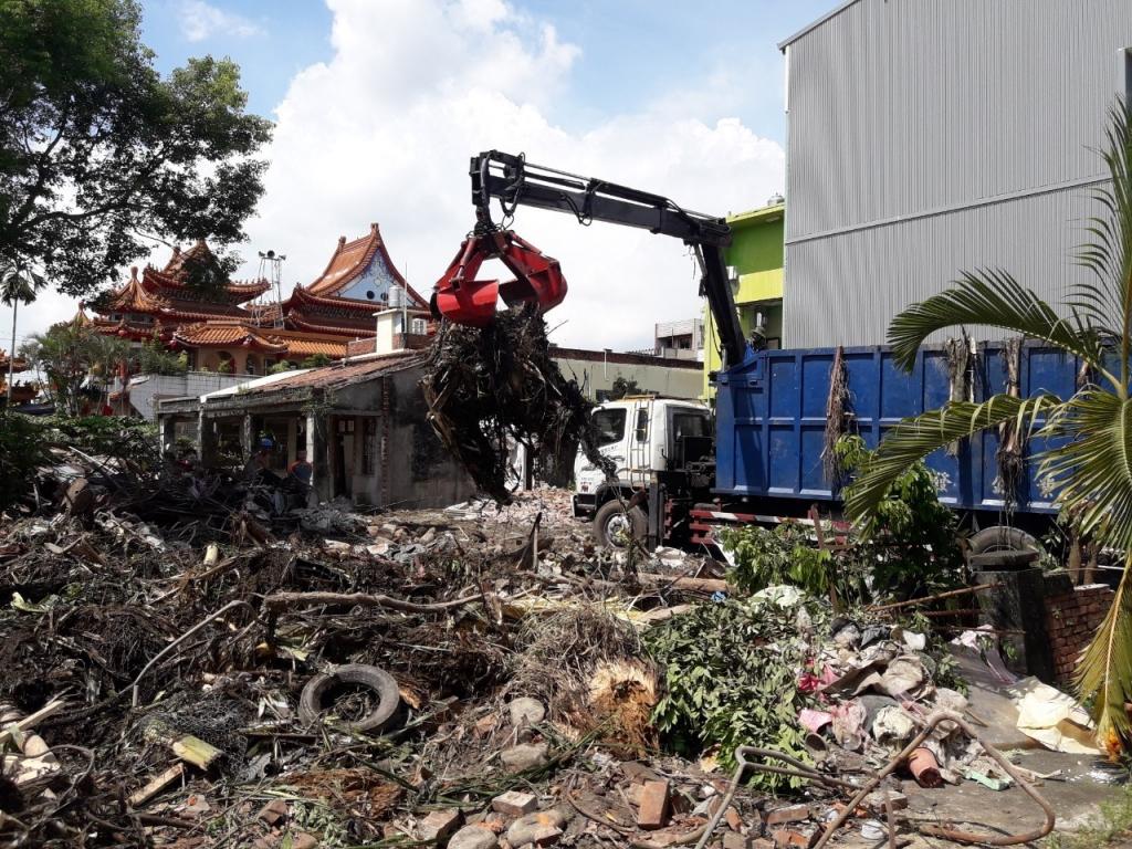 古厝拆除工程